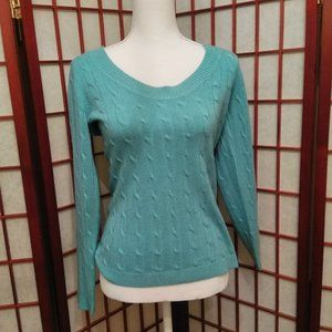 💐3/$15💐Soft TURQUOISE SWEATER M